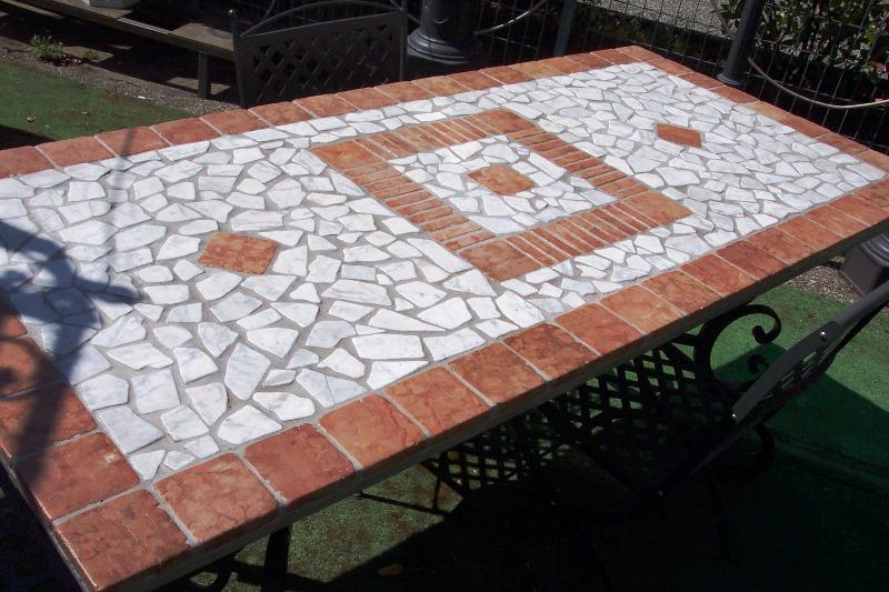 Tavolo Da Giardino In Ferro E Mosaico.Tavoli Da Giardino Ferro E Mosaico Tavoli E Sedie Ikea Da Giardino